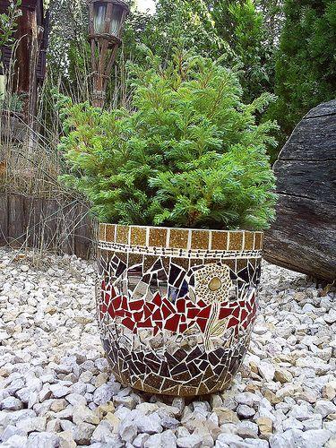 Claret-brown-mirror flower-pot | Anita Borbély & Máté Bikki | Flickr