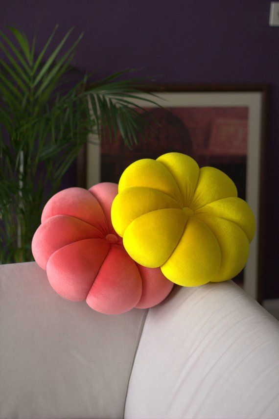 """Flower velvet Round pillow 14,5"""" hand made pillow,circular pillow,round throw pillow,velvet pillow"""