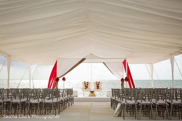 Unique destination wedding ceremony venue for Indian wedding at Moon Palace Cancun