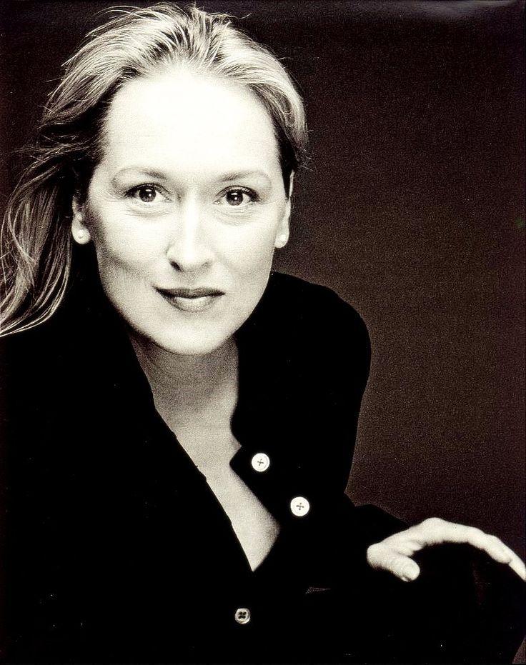 Meryl Streep Nude Photos 55