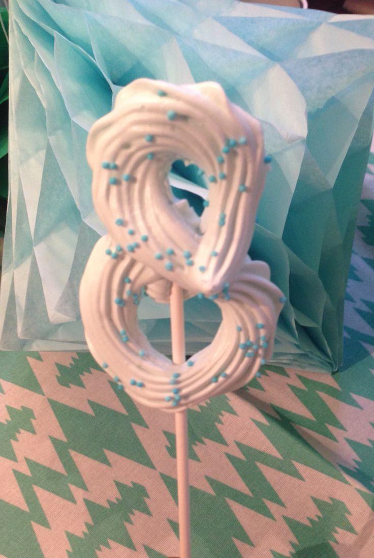 Traktatie merengue 8 jaar #sweet #treet #hapjesuitdenhaag