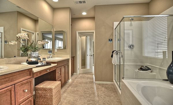 What do you think of this master bathroom complete with a for Pictures of master bathrooms in new homes