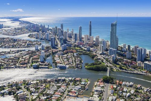 Sydney, Australia: Most of the urban part of the city is a coastal area lending its natural beauty . There are more than 70 harbours and beaches in the city along with the famous Bondi beach.