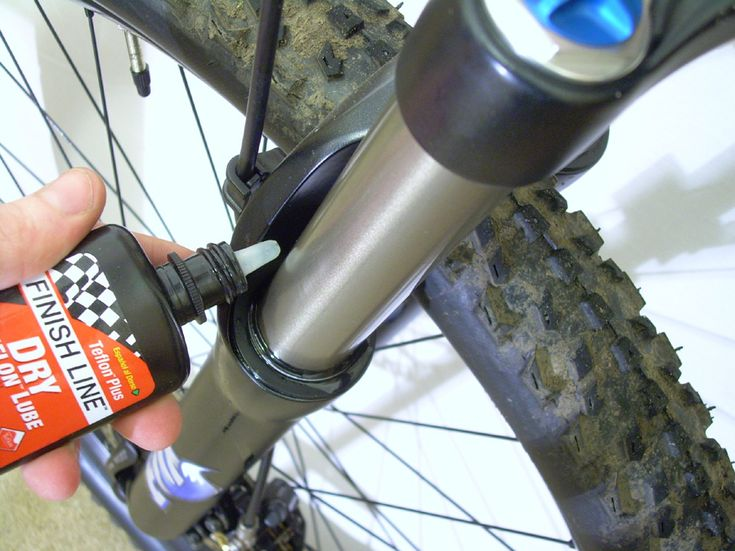 Mountain Bike Maintenance Fork and Shock Cleaning