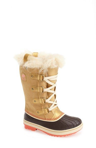 Free shipping and returns on SOREL 'Tofino' Waterproof Snow Boot (Little Kid & Big Kid) at Nordstrom.com. A sized-down version of an iconic SOREL boot features easy, adjustable drawstring laces and a cozy faux-fur collar for cold-weather charm. A handcrafted rubber sole and waterproof, seam-sealed construction add rugged practicality to the design.