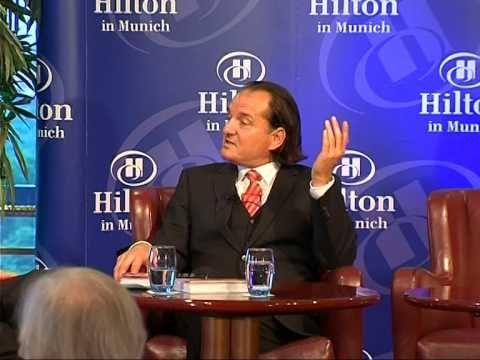 Andreas Popp im Gespräch mit Michael Märzheuser beim Hilton Talk - YouTube