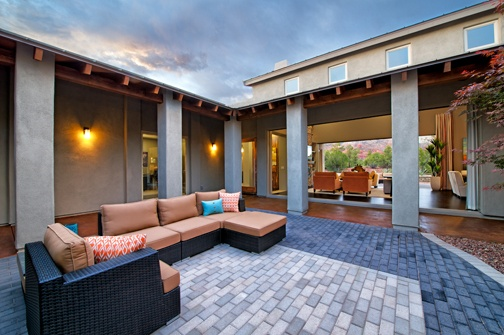 Enchantment enclosed courtyard luxury homes in sedona for Homes with enclosed courtyards