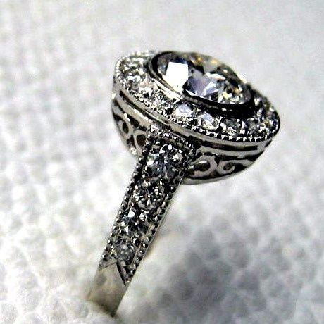I love vintage wedding rings so much