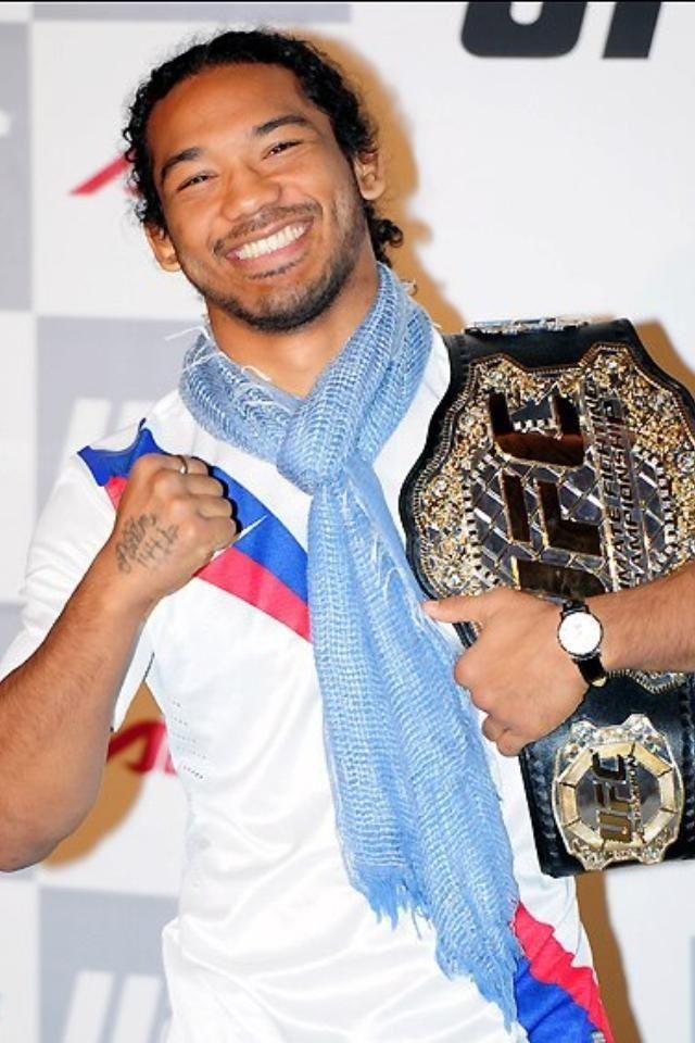 My favorite MMA fighter! Half Korean half amazing!! Benson Henderson :)
