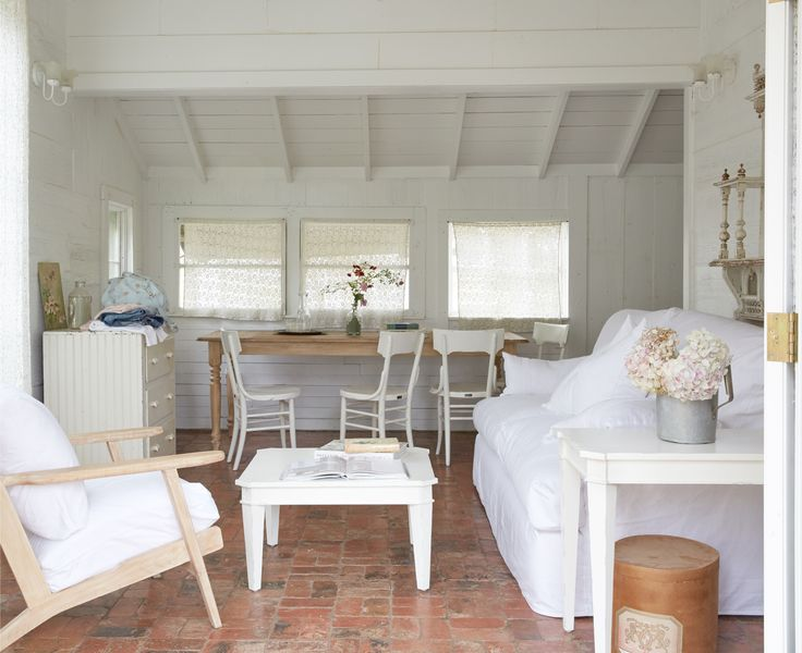 3833 best images about quintessential shabby chic on for Couronne shabby chic