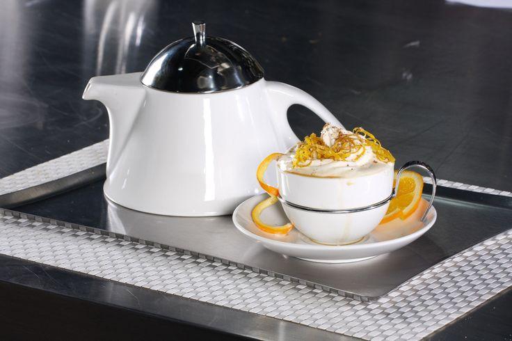 Café y naranjas, el mejor de los desayunos.