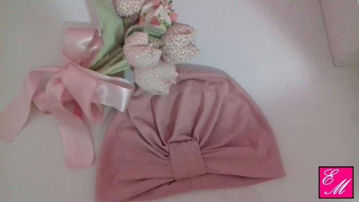 """Turbante na cor """"Rosa"""" para esquentar a sua princesa e deixa-la ainda mais linda. Curta a nossa página no facebook e encontre mais modelos @elimaraacessoriospmeninas"""
