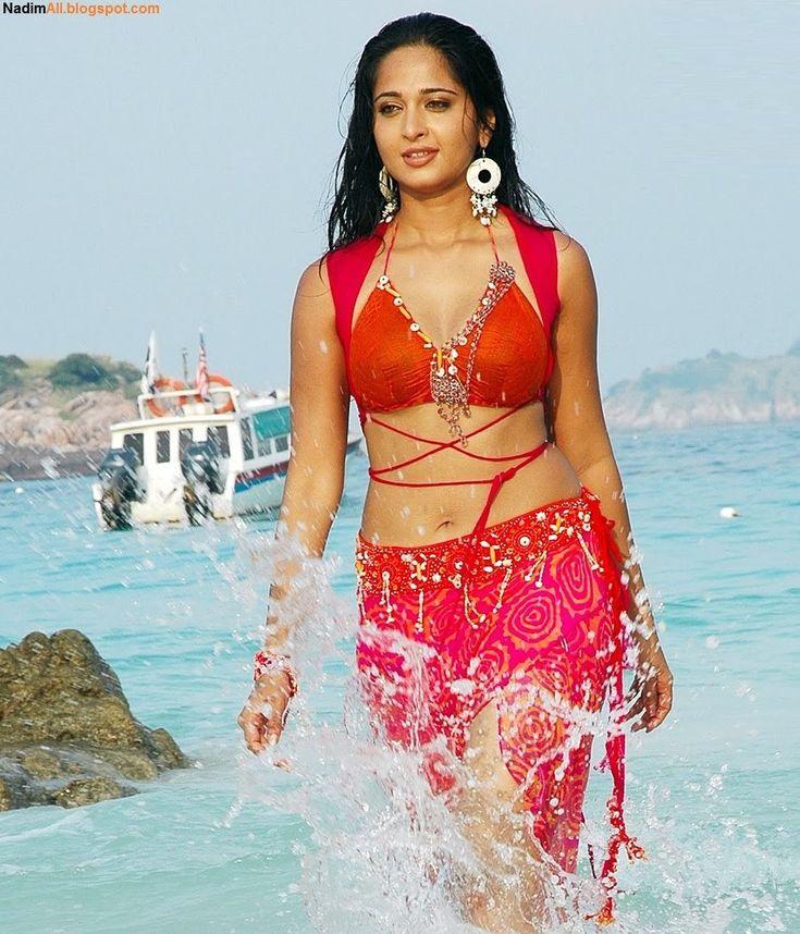 Anushka shetty in rendu 2006 anushka shetty bikini