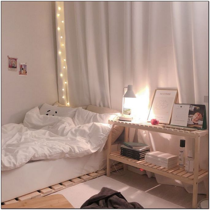 36 Cozy Bedroom Aesthetic Korean 35 Bucurieacasa Bedroomideas Bedroomfrnitur Bedroomdesi Minimalist Bedroom Decor Minimalist Room Room Inspiration Bedroom Korean style minimalist aesthetic room