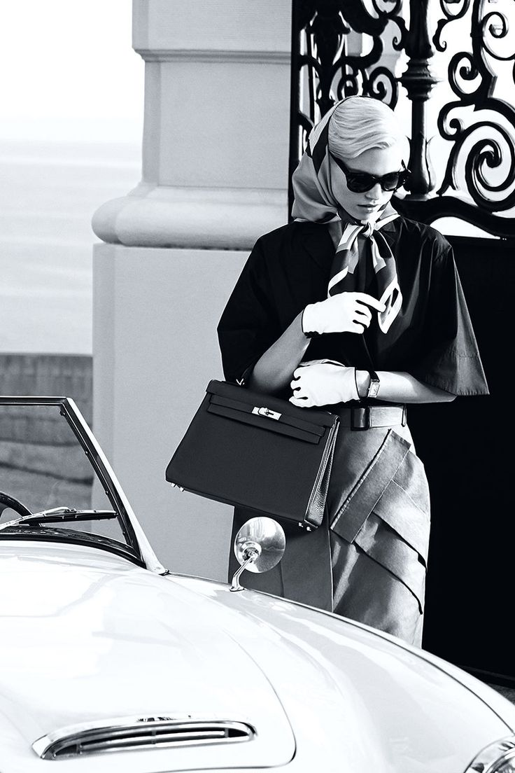 The Kelly by Hermès : Ladylike fashion to fall in love with this spring.