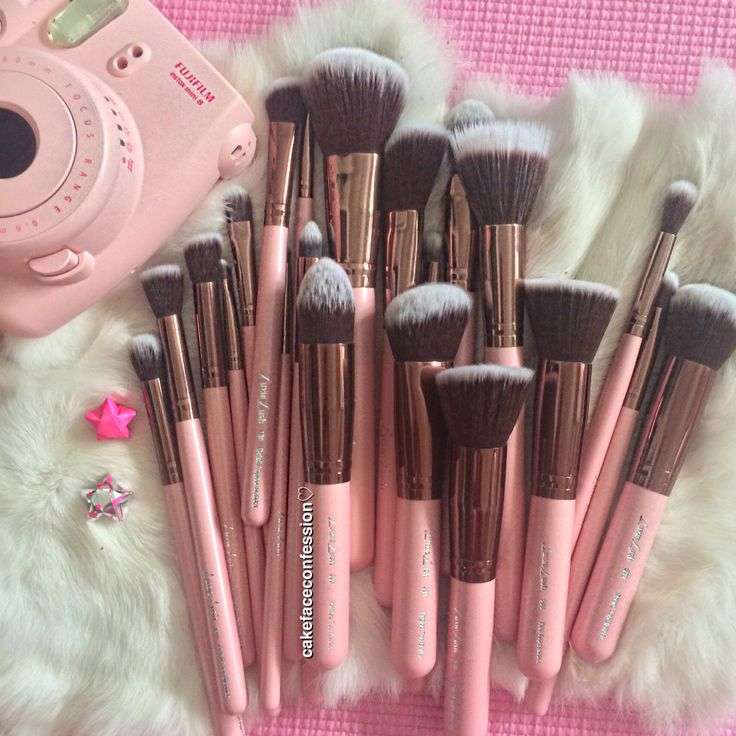 Luxie Lush Makeup Brushes. 50% off for Cyber Monday! You know I got mine.