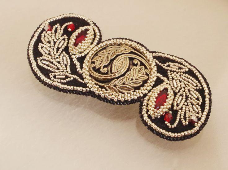 beaded jewelry - украшения из бисера - брошь-кулон
