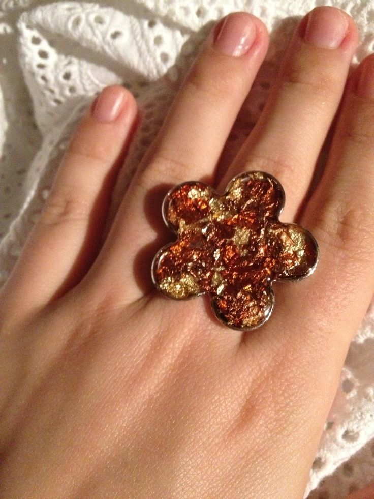 handmade resin ring, flower with gold bronze and copper elements