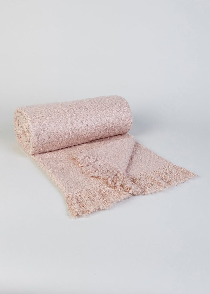 Mohair Throw (200cm x 150cm) – Matalan