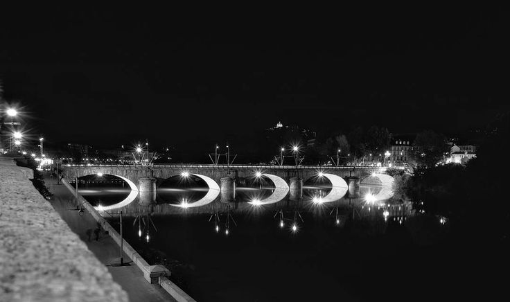#satanello #note4 #picoftheday #igerstorino #fujifilm #fujifilm_xseries #18mm #f2 #xe2 #x-e2 #night #nightinturin #torino #torinoèlamiacittà #po #montecappuccini #cappuccini #monte #ponte #riflessi #murazzi #granmadre #snapseed  #superga #basilicasuperga #wedding #weddingannouncement by satanello