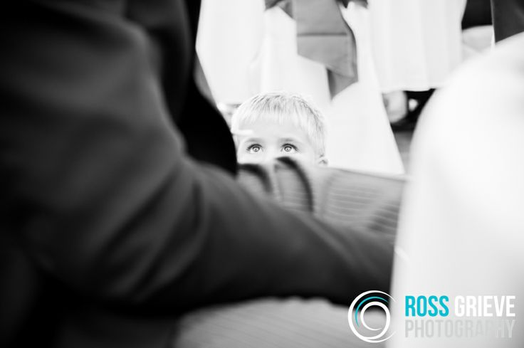 Wedding Photography, Manorbier Castle, Pembrokeshire. ©Ross Grieve Photography.