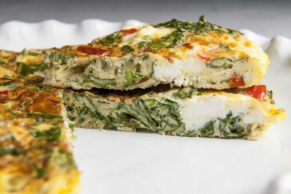 Kale, red pepper and goat cheese frittata.