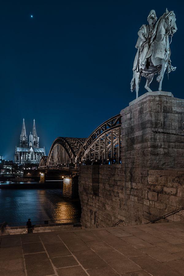 Kölner Dom - Hohenzollernbrücke