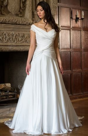 Tip of the Shoulder A-Line Wedding Dress  with Dropped Waist in Aleconlace/ Silk Organza. Bridal Gown Style Number:32999211