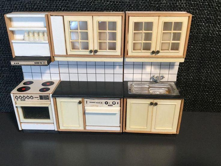 Retro Lisa dockskåp kök