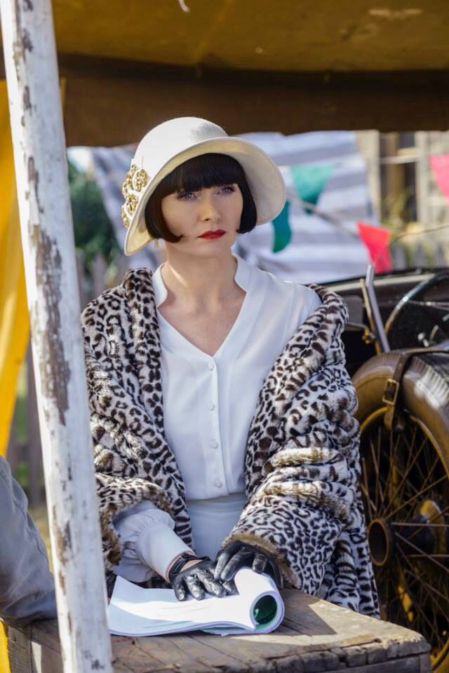 Miss Fisher's Murder Mysteries 1920s costumes!