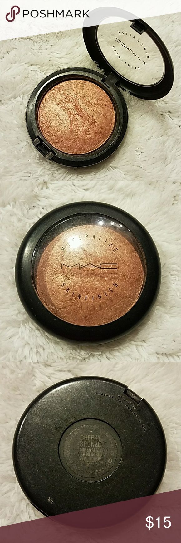 MAC Cheeky Bronze Mineralize Skinfinish Usage as shown in photos MAC Cosmetics Makeup Bronzer
