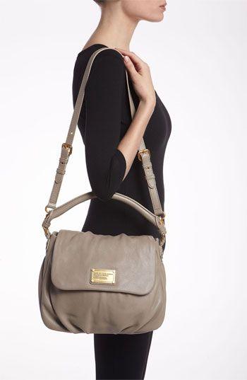 Classic Q Ukita Shoulder Bag Black 53