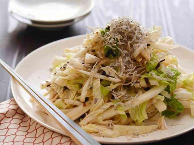 純白塩昆布ドレッシングの白菜サラダの画像