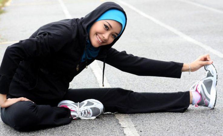 Tips Berpakaian Dan Model Hijab Yang Cocok Untuk Berolahraga Di Luar Ruangan - http://www.rancahpost.co.id/20160454158/tips-berpakaian-dan-model-hijab-yang-cocok-untuk-berolahraga-di-luar-ruangan/