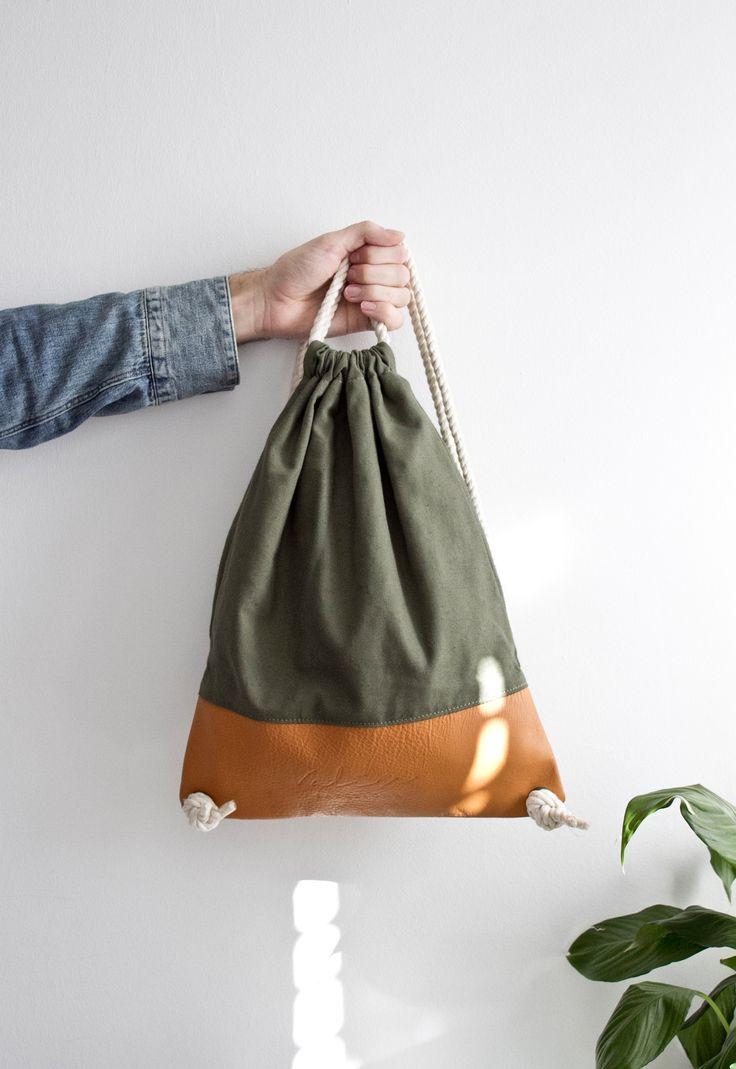 Valise verde & camel. #bagpack #barcelona #valisebags #valisebarcelona