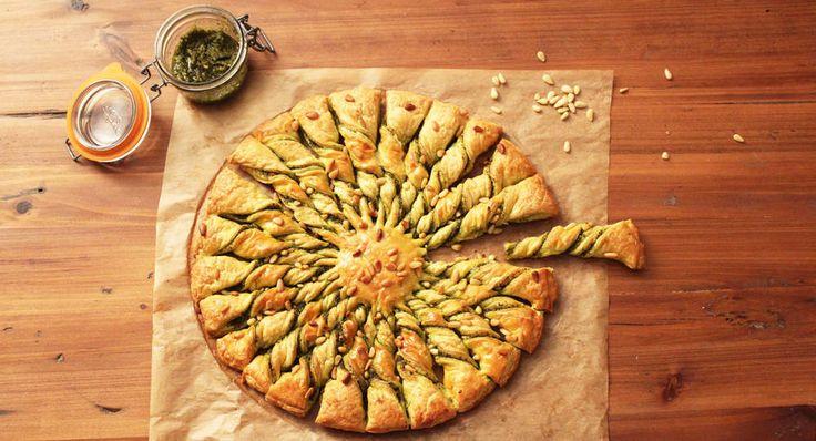 La tarte soleil pesto-pignons étape par étape - Cuisine Actuelle