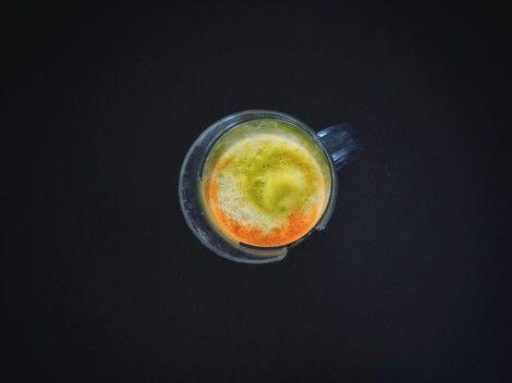 So sieht der gesunde Energiespender danach aus - Diesmal starte ich hier mit einem reinen Veggie-Rezept, ein echter Energiespender. Dieser Saft zum Frühstück erspart sogar mir den ersten Kaffee morgens.