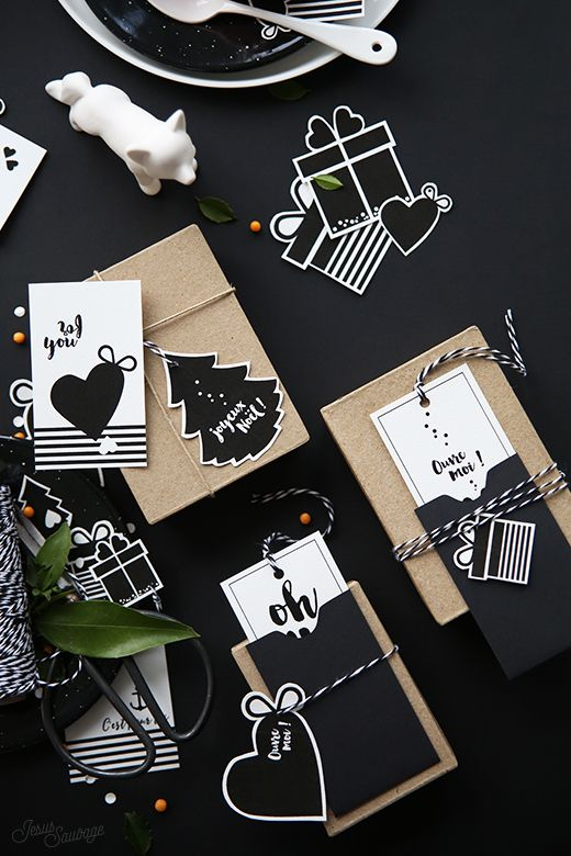 FREE Printable Holiday Gift Tags in Black and White