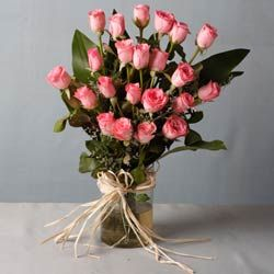 The exquisiteness and appeal of pink roses is simply irresistible. Let your loved ones have an enriching experience with this wonderful floral arrangement. http://flowershop18.in/flowers-to-faridabad.aspx