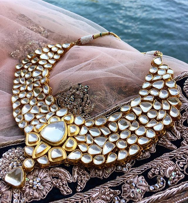 The ultimate bridal jewellery trousseau by @aneesmalik_jewellery  •…