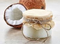 Olej kokosowy - nie tylko na włosy, twarz i ciało. Naturalny kosmetyk do pielęgnacji