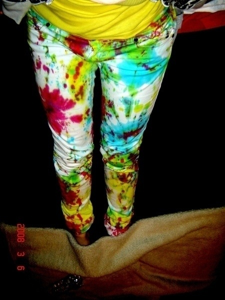 Tie Dye Jeans! @Catherine Orleski These instructions are better