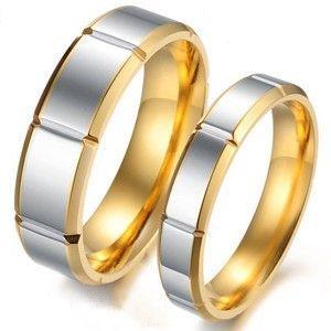 cincin kawin emas kuning berlapis putih spesifikasi: #bahan (emas kuning ) #berat ( 10 gram )sepasang #harga ( Rp 4.750.000,- )sepasang