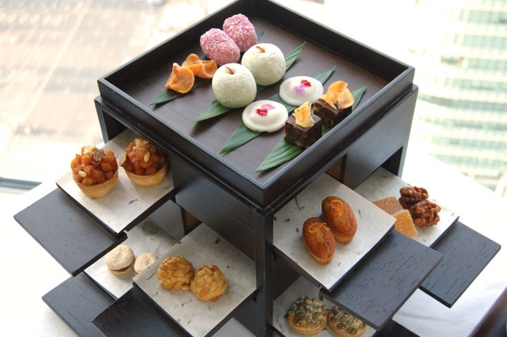 #Korean Afternoon #Tea Set that includes Korean tea and assorted traditional sweets and rice cakes served in a beautiful Korean wooden box. #RiceCakes