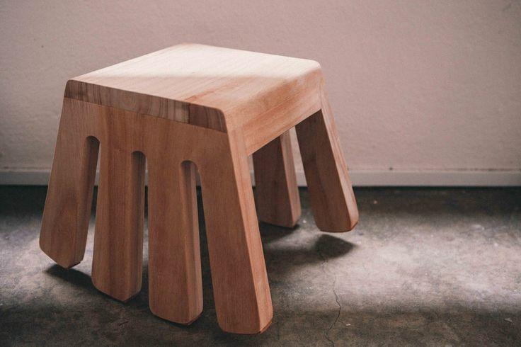 Desinere stool