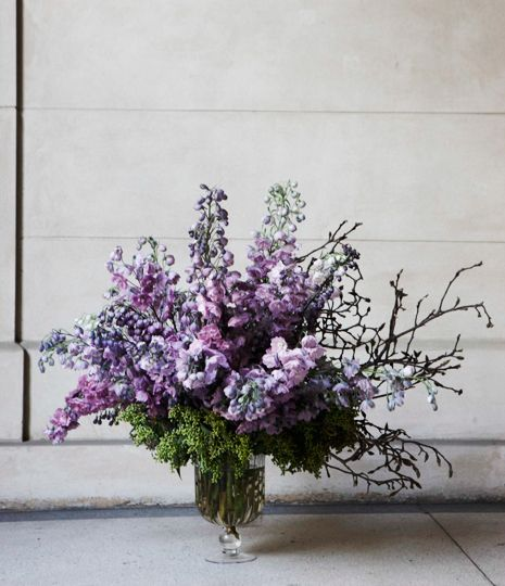 #Simple #Lilac #Vase #Arrangement #PohoFlowers #Poho #Flowers #Home #Office