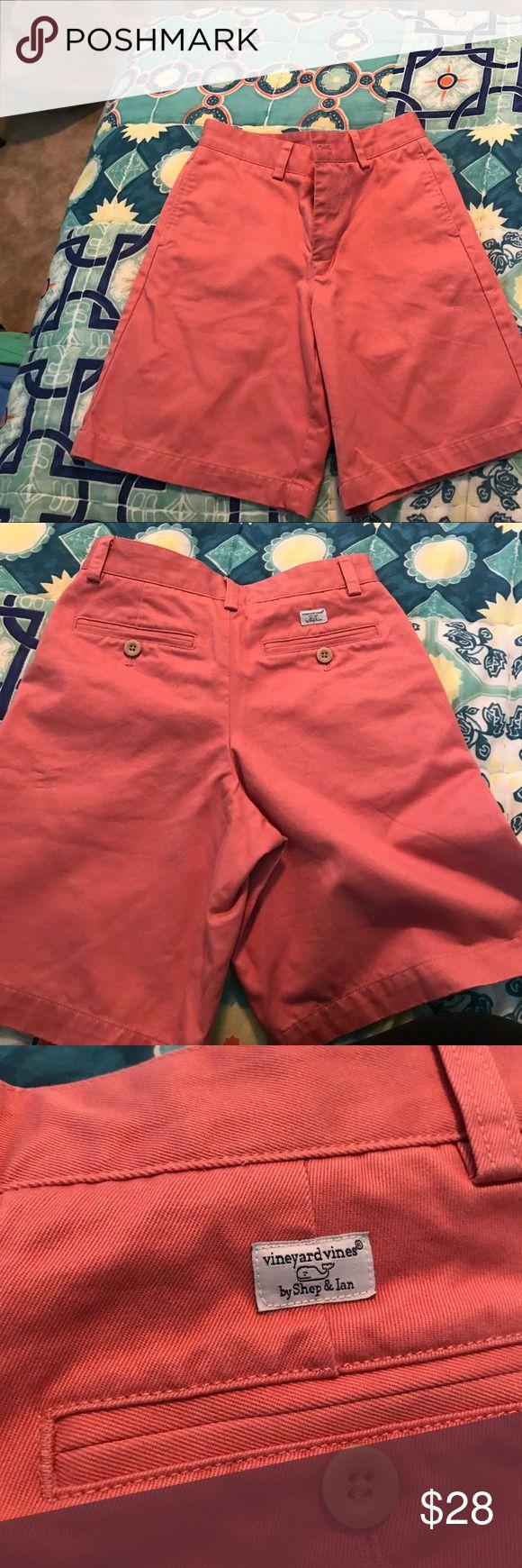 Vineyard Vines Boys shorts Gently used light salmon boys shorts! Perfect for the upcoming season. Vineyard Vines Bottoms Shorts