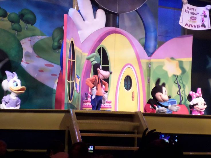 At Hollywood Studios -  the Disney Jr Live on Stage show needs a fast pass if you want to sit in the front. This is a unique show because guests sit on the floor in front of an elevated stage. Getting a fast pass allows you to enter first if the Park is busy.  #travel#vacation #familyvacation #waltdisneyworld #WDW #Disneytip #disneyparks #disneylove #fastpass #Disney #DisneyWorld #Disneytips #tips4Disney #DisneyJr