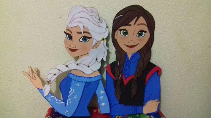 Ana e Elza frozem