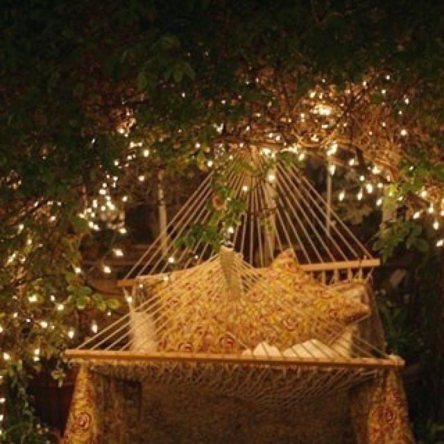 Backyard Twinkle Lights: Grand Designs Houses